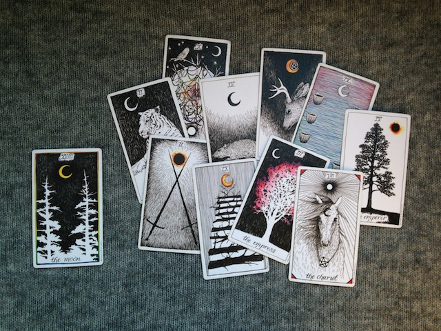 Moon-tarot-cards-wild-unknown