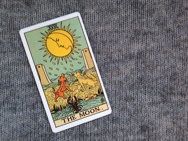 The-Moon-Tarot-Card
