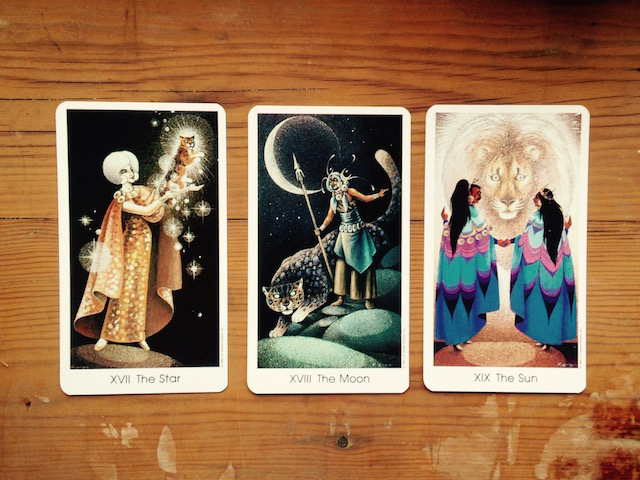 star-moon-sun-tarot-of-the-cat-people