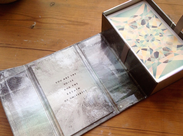 fountain tarot box 2