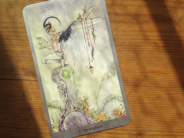 the-magician-shadowscapes-tarot