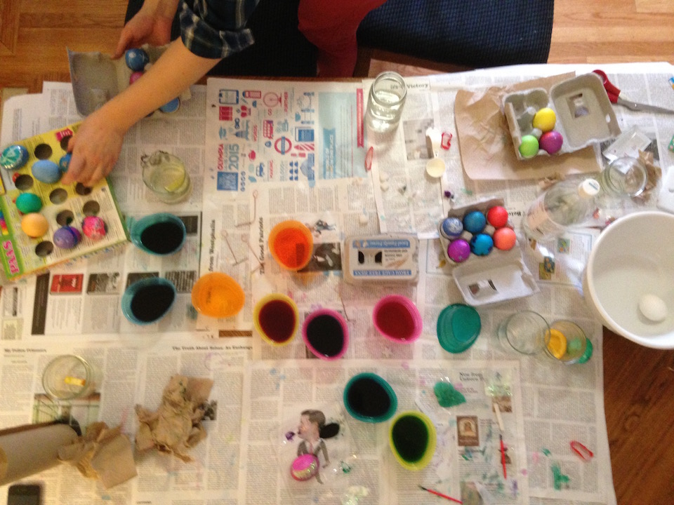 painting eggs 1