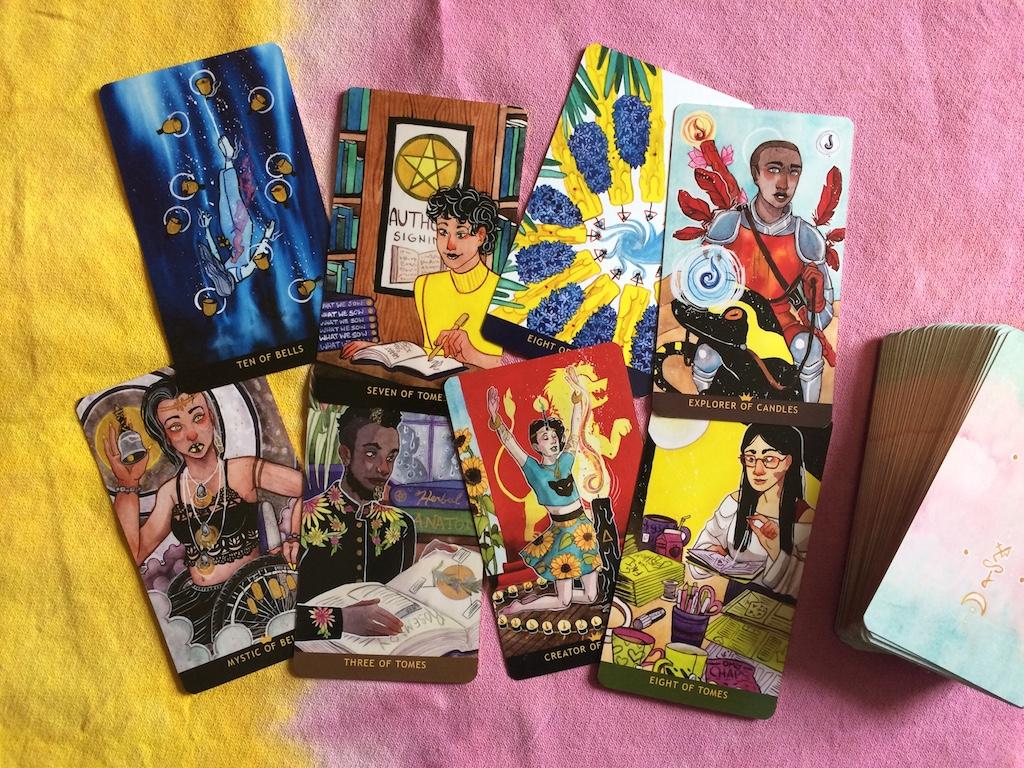 REVIEW | The Numinous Tarot Deck & Guidebook | Little Red Tarot